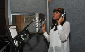 Jennifer Hudson Pampers Lullaby