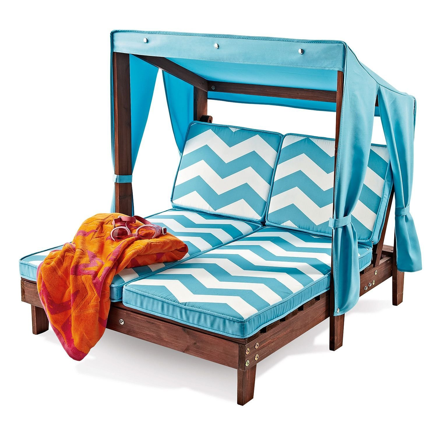 Sunday Swoon Kids Backyard Lounge Chairs — plicated Mama