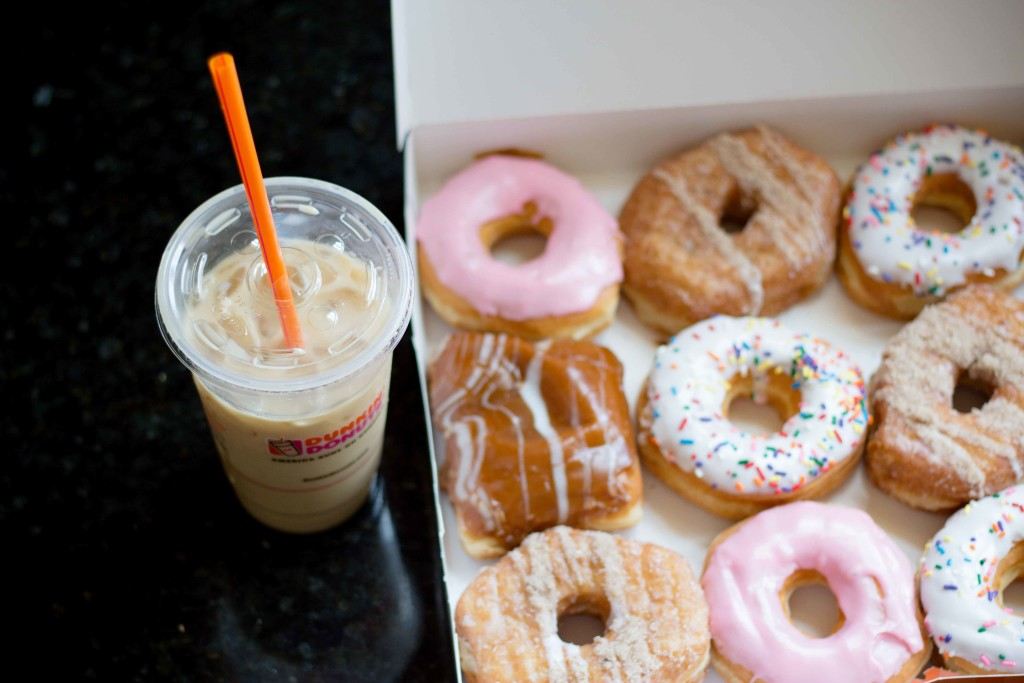 Dunkin Donuts Breakfast Squares Blueberry Latte-6